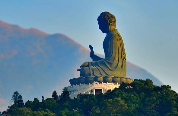 seated buddha, tian tan buddha hong kong