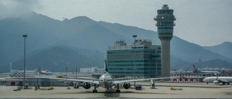 Cairns to Hong Kong Flight Arriving