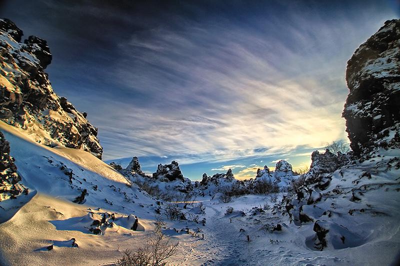 Dimmuborgir under snow