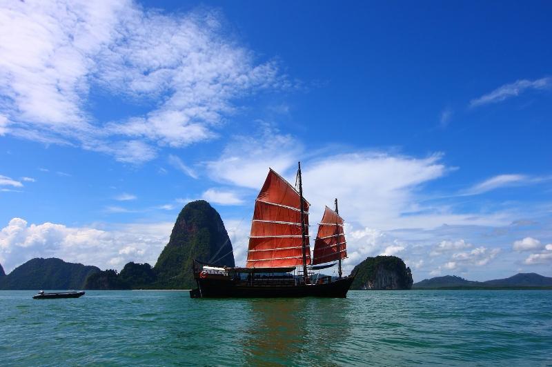 Junk boat Phang Nga Bay