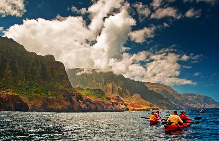 Kayak in Hawaii, along the Napoli Coast
