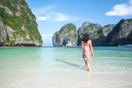 Krabi Hotels near the beach