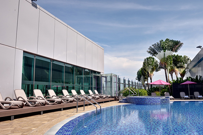 Aerotel rooftop pool, Singapore Changi Airport