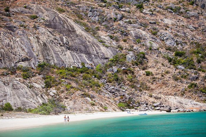 mermaid beach lizard island resort walking track