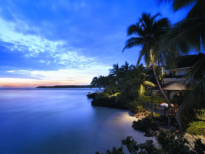 shangri-la fiji resort dusk