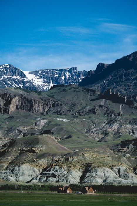 mountains yellowstone wyoming