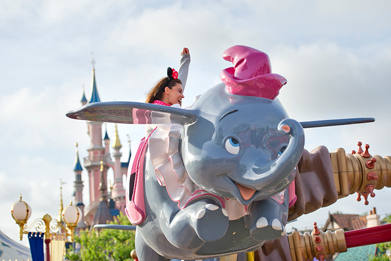 Dumbo ride at Disneyland Paris