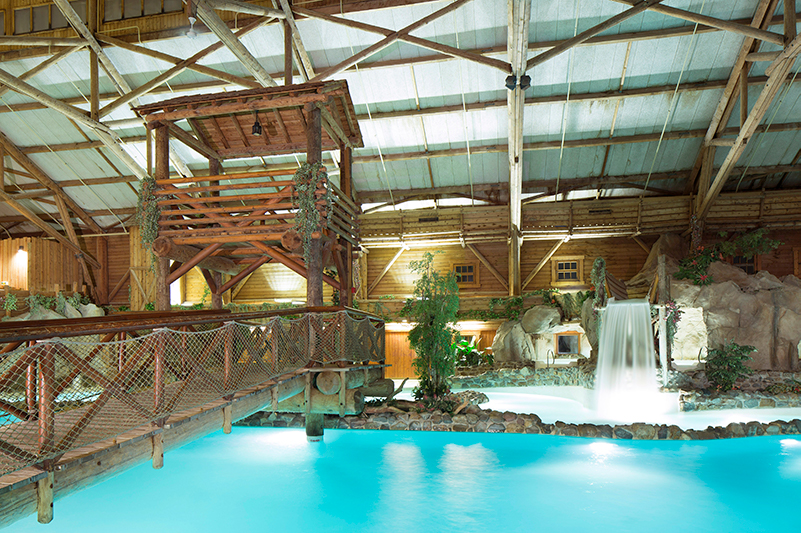 The pool at Disney's Davy Crockett Ranch accommodation.