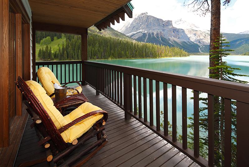 Cabin at Emerald Lake Lodge, Yoho National Park