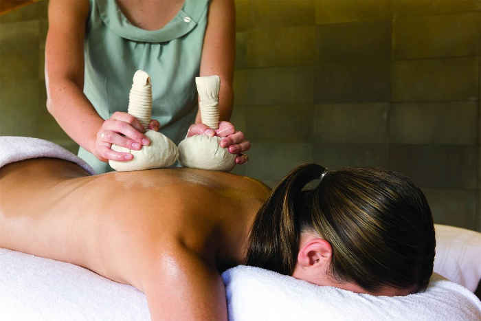 massage at spa qualia hamilton island