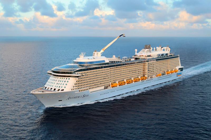 Royal Caribbean's Anthem of the Seas cruise ship at sea.