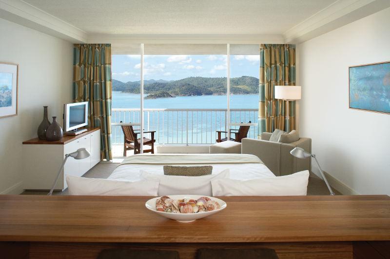 reef suite reef view hotel hamilton island