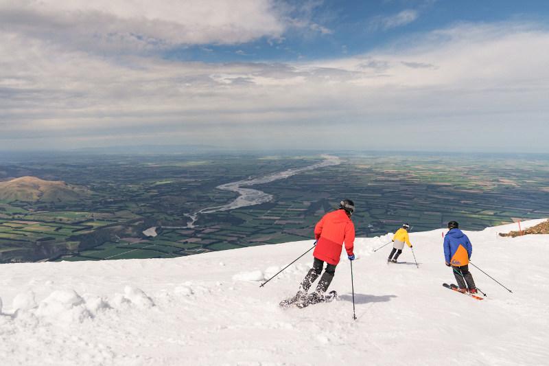 Skiers at Mt Hutt New Zealand