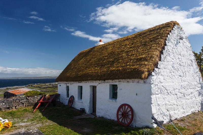thatched cottage, ireland