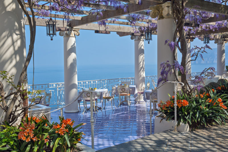 terrace cafe overlooking gulf of naples