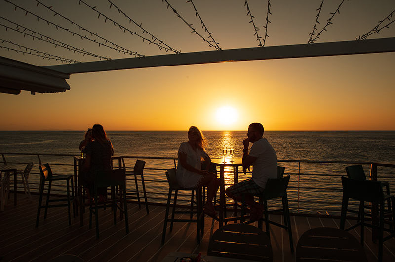 Sunset dining experience at Reefworld Pontoon