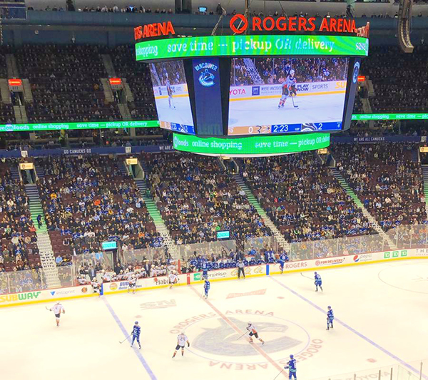 vancouver canucks game at Rogers Arena