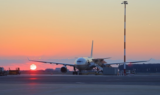 Flight to Italy Landing