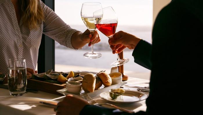 c restaurant perth couple cheers