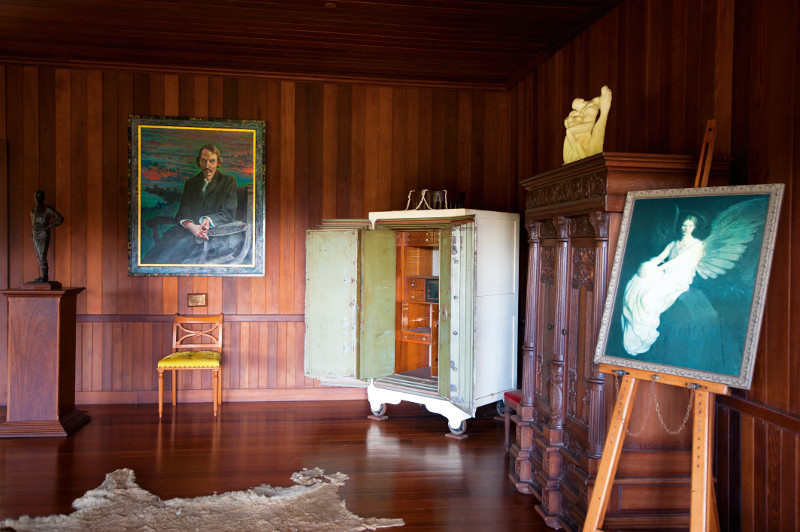 Interior at Robert Louis Stevenson museum