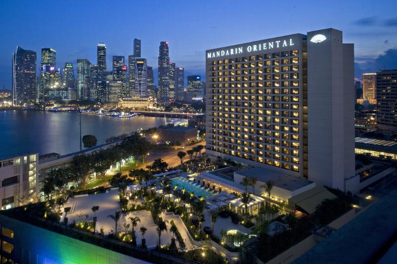 Exterior of Mandarin Oriental Singapore