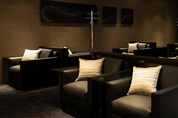 Reclining loungers at Tokyo Haneda airport