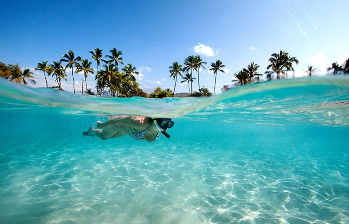 Snorkelling Molokini Crater, Maui, Hawaii