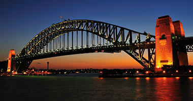 'The Coathanger' (Harbour Bridge)