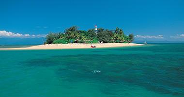 Nearby Low Island