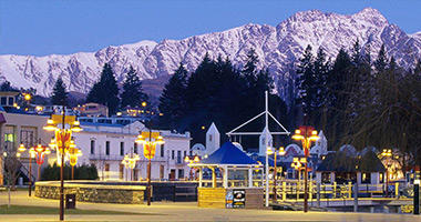 Stay at Queenstown resorts