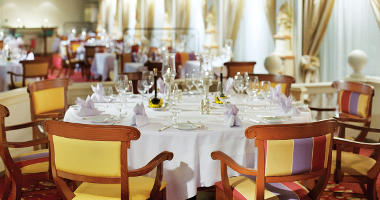 Fine dining on a world cruise