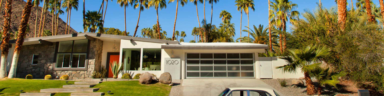 mid-century modern house palm springs