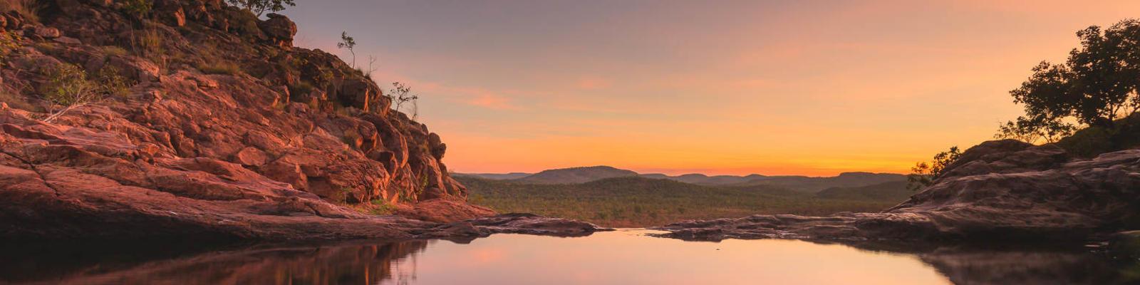 gunlom falls kakadu national park