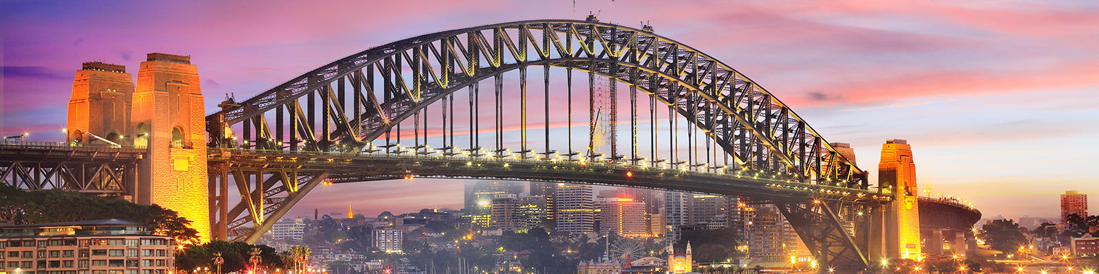 Sydney Harbour Bridge twinkles with lights at sunrise - Sydney spots to inspire creativity