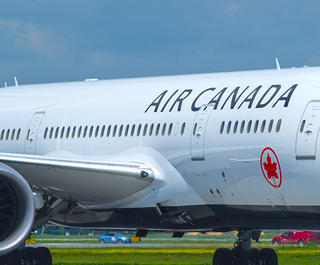 B787-8 Air Canada airplane