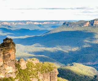 blue mountains three sisters