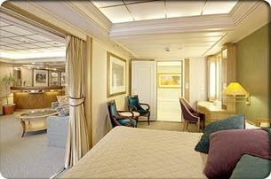Royal Suite with Balcony (RS)
