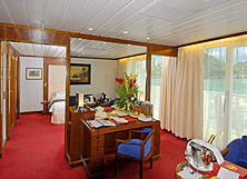 Owner's Suite (OS)