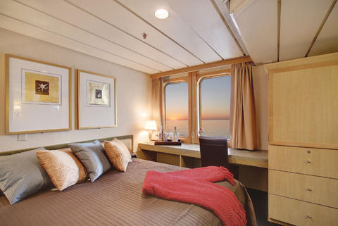 Admiral Stateroom (2)