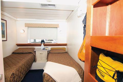Navigator Cabin (3)