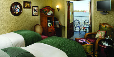 Deluxe Outside Staterooms with Veranda (A)