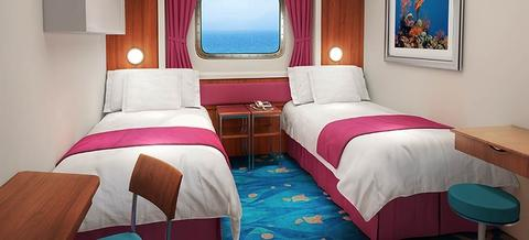 Mid-Ship Oceanview Picture Window (OB)