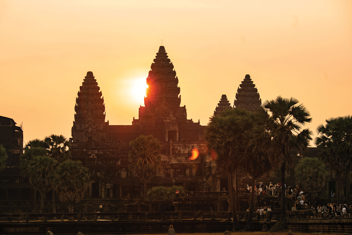Sunrise over Temple Mountain at Angkor Wat