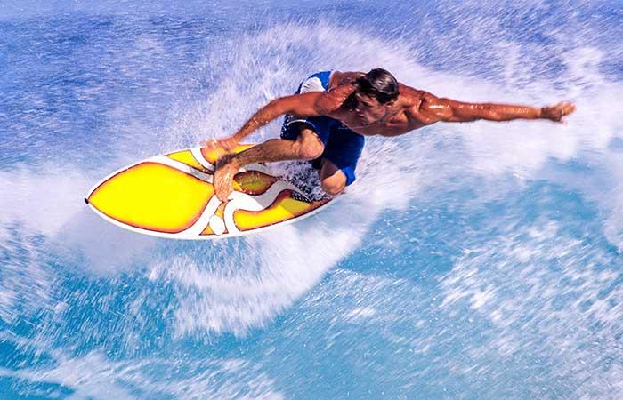 Surfing the big breaks, North Shore, Hawaii