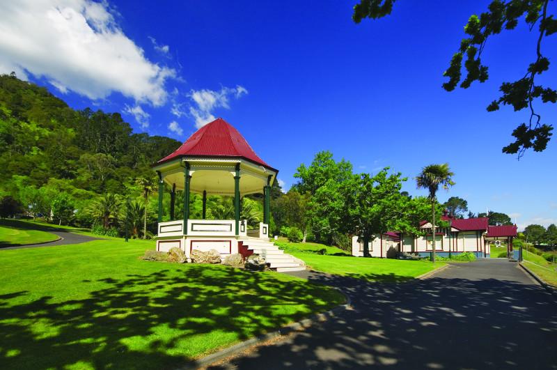 The pretty Domain parkland in Te Aroha. Image: Hamilton & Waikato Tourism