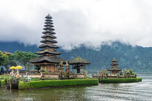 Bedugul Munduk Temple