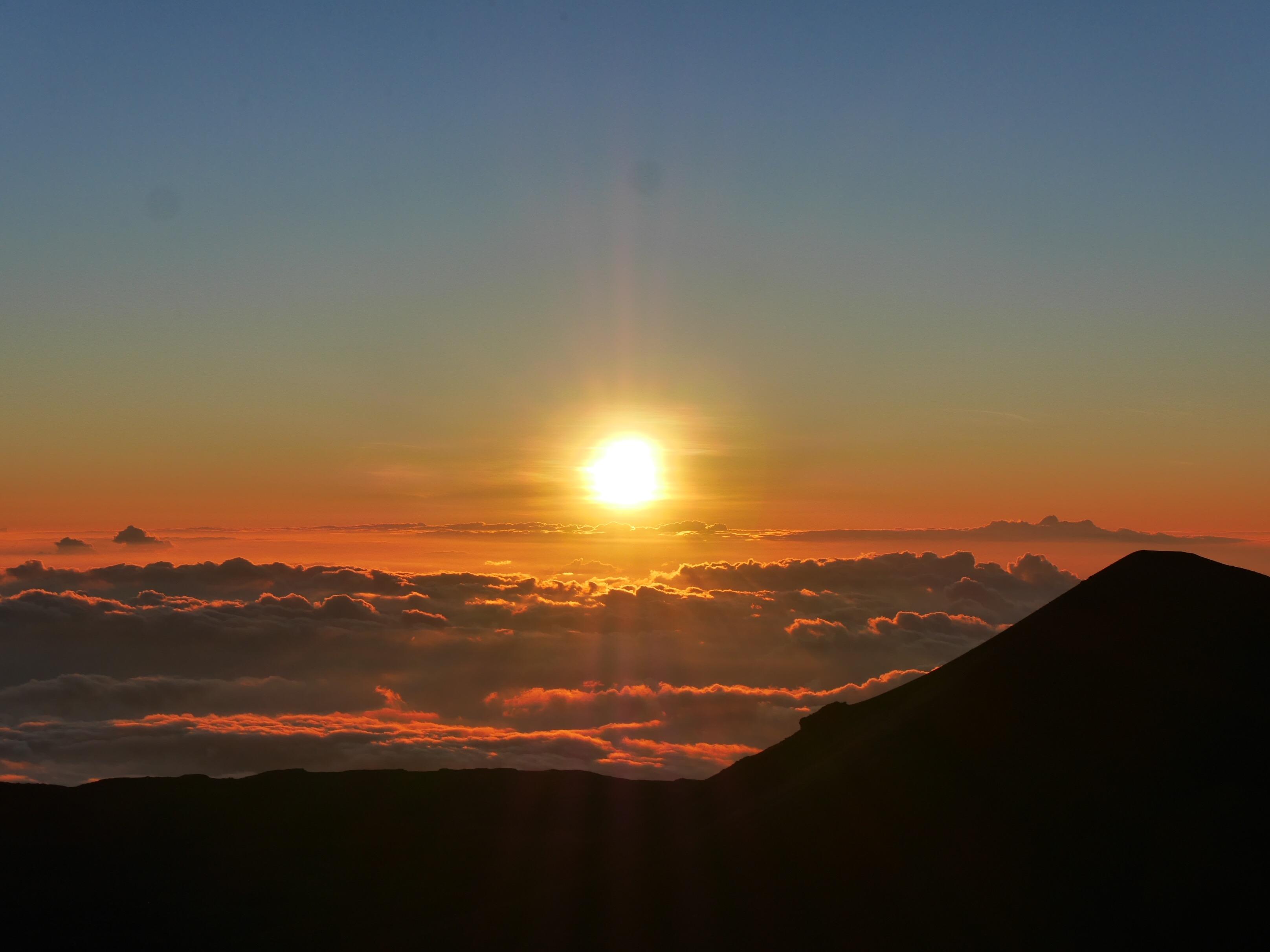 Sunset from the Mauna Kea summit