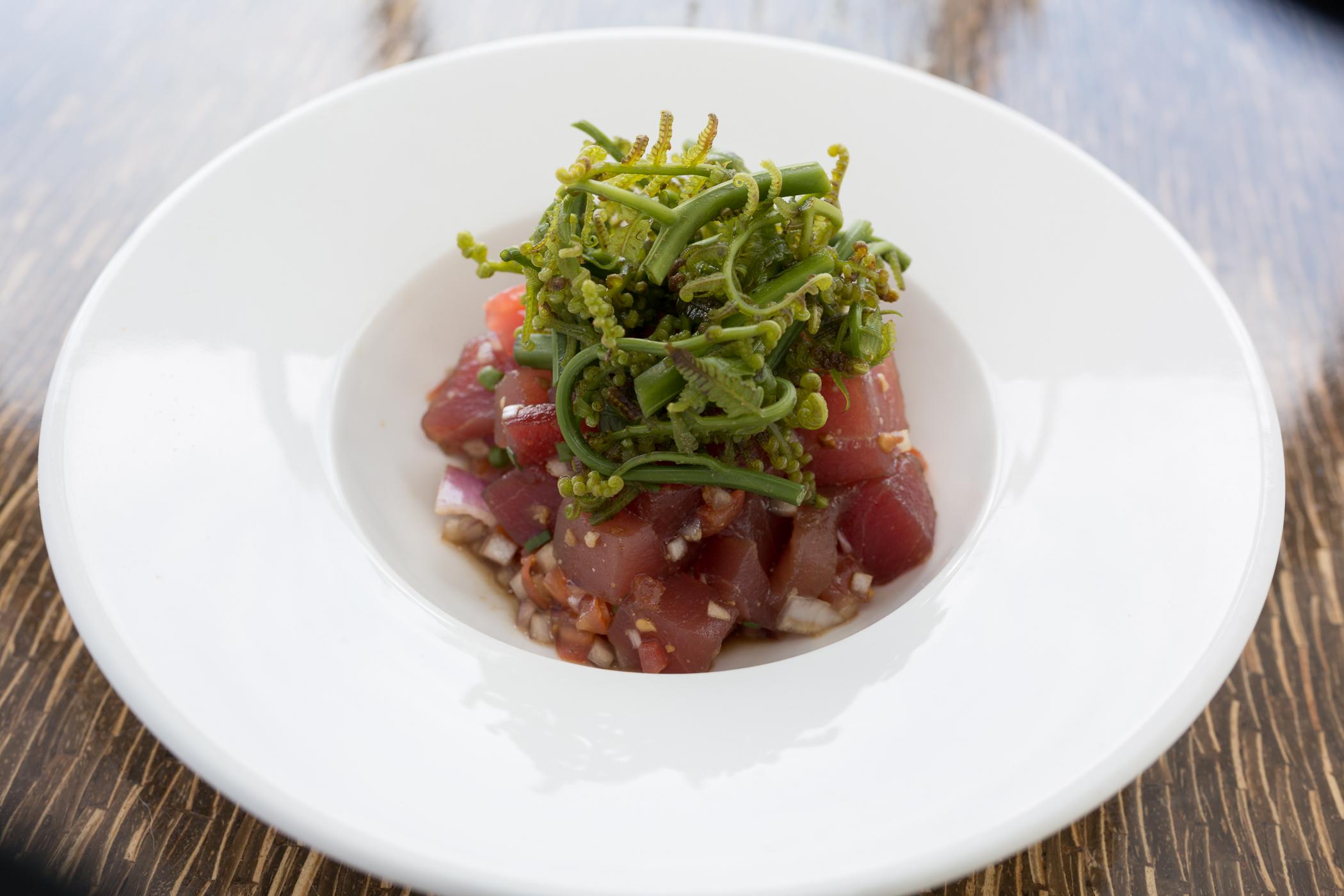 Travaasa Hāna dining