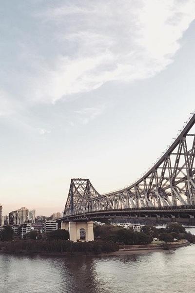 brisbane bridge sunset