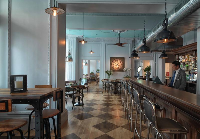 Scoff & Banter at the Radisson Blu Edwardian, Venderbuilt - serving up your favourite British cuisine